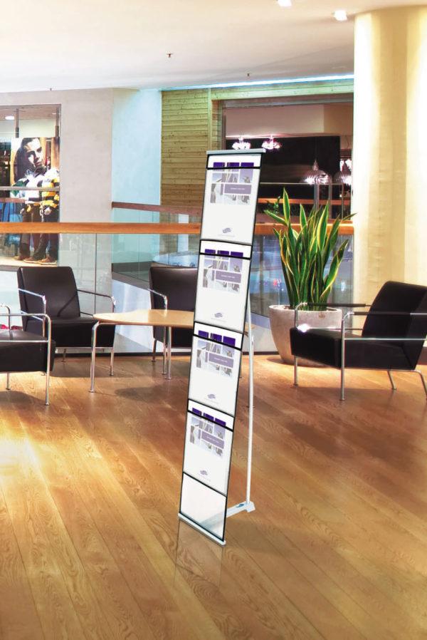 Broschyrställ BrochureStand miljö