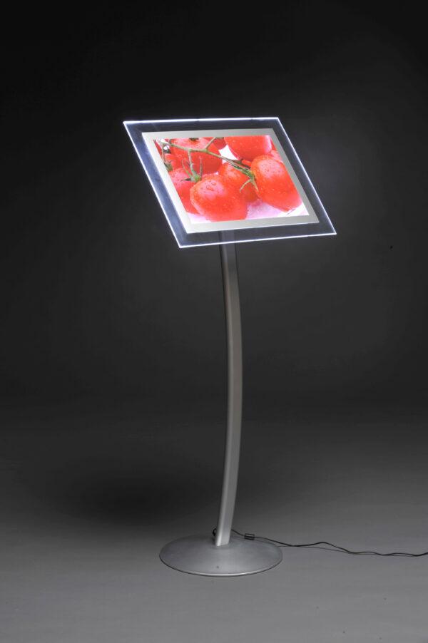 Menyhllare LED A3 med fot